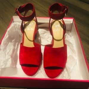 New Vince Camuto Suede shoes beautiful Red. Size 8